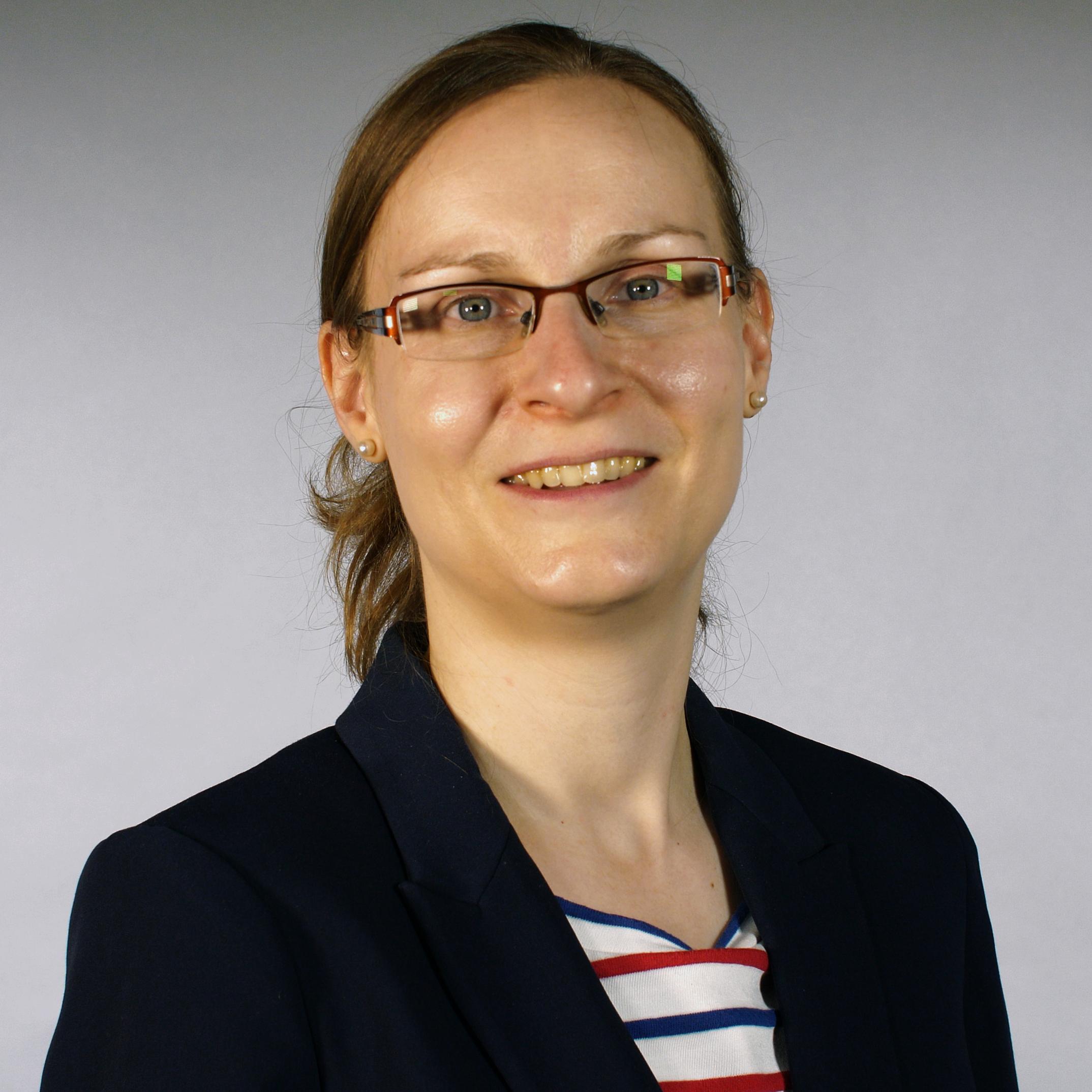 Sabine Wolff