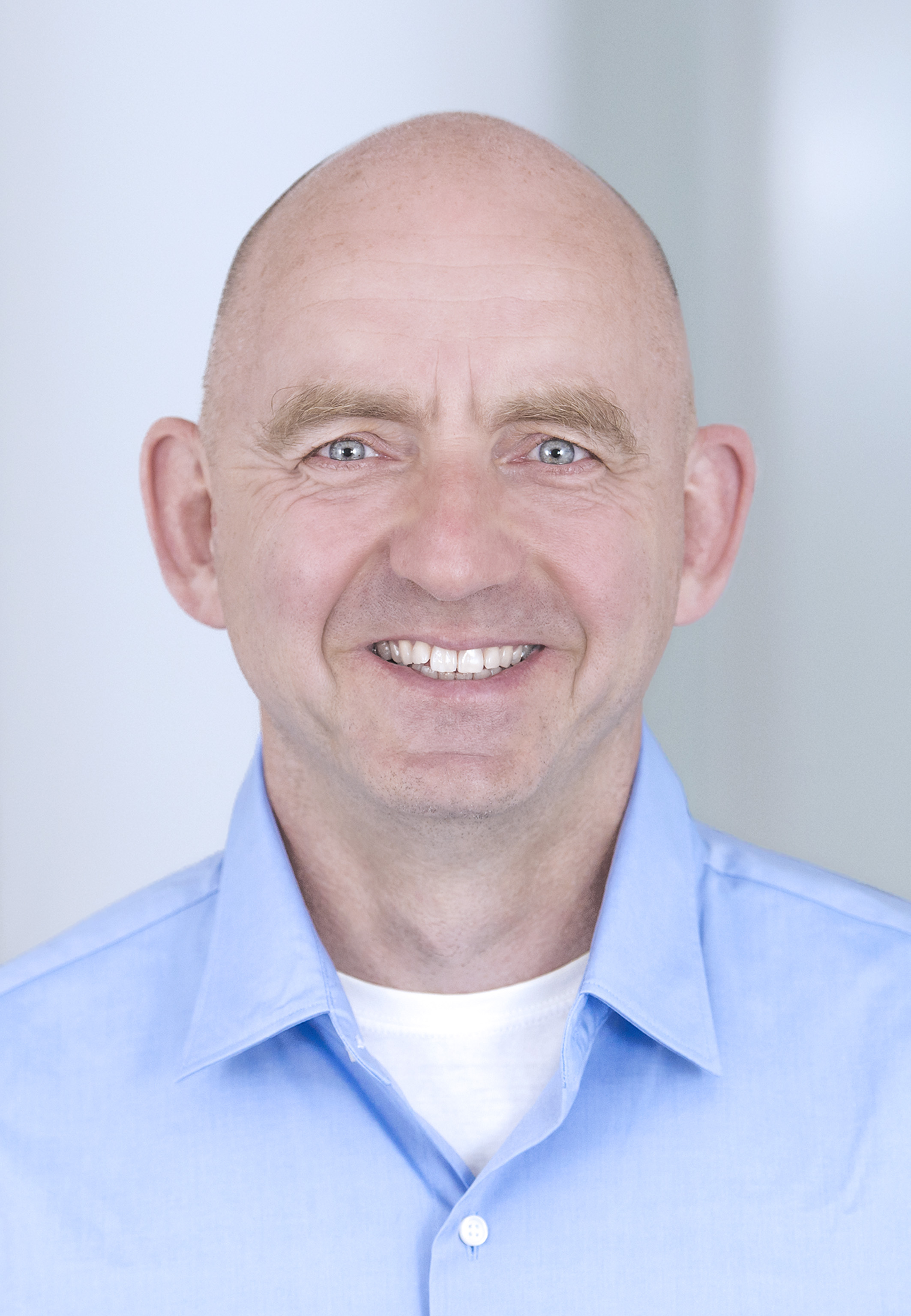 Dr. Peter Tinnemann