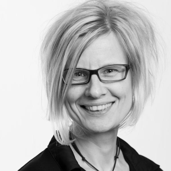 Prof. Dr. Dorina Gumm